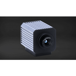 High Resolution Long Wavelength Ultra Compact Infrared Camera